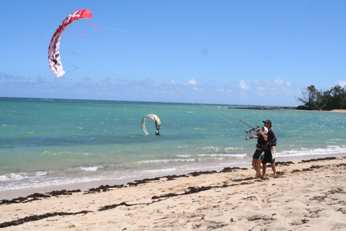 Fun with Powerkites – Action Kiteboarding