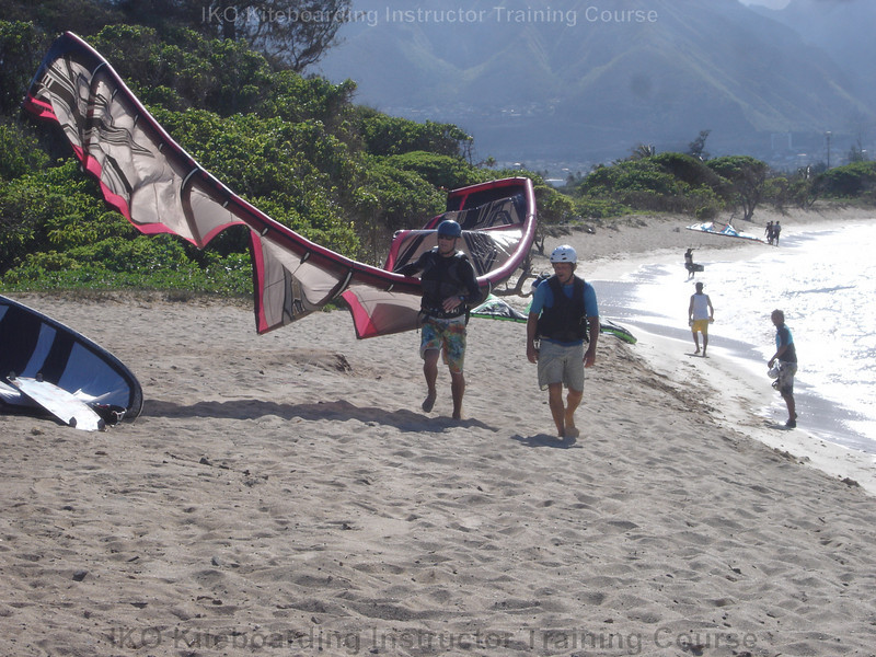 how to become a kiteboarding instructor