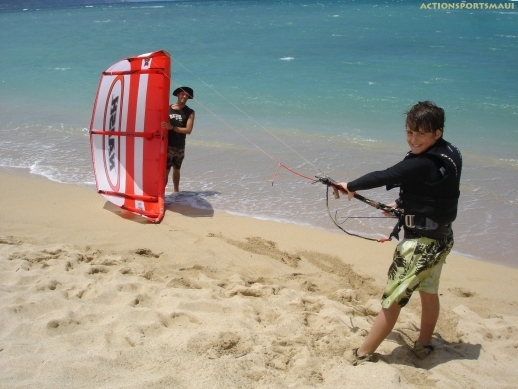 Preparing to launch teh LEI Kite. www.actionkiteboarding.net